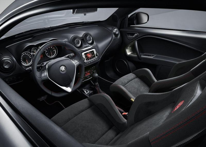 160301_Alfa-Romeo_Ginevra-Mito_04.jpg