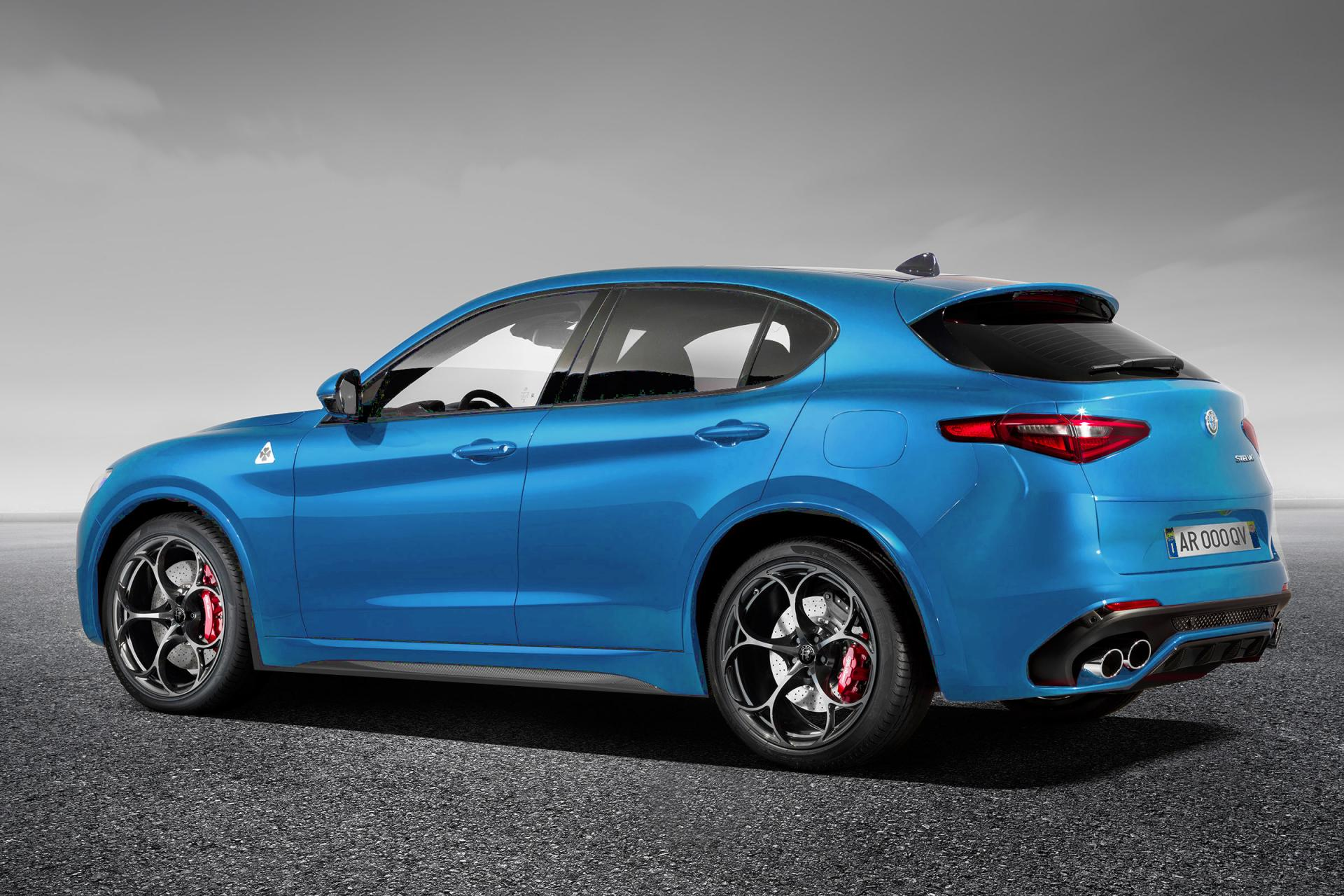 alfa romeo quadrifoglio with  on 126559 in addition 1029247 vettel And Rikknen Help Launch Ferraris 2015 Formula One Car Video as well Photos Alfa Romeo 147 image 8 further  besides Alfa Romeo Stelvio 2 0 Tb 280cv Q4 At8 Nero Vulcano Rm.