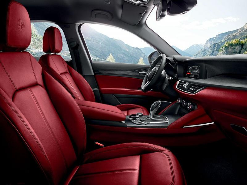 170222_Alfa-Romeo_Stelvio_100.thumb.jpg.9286c16c86a0fdca98ca37e2911da7d4