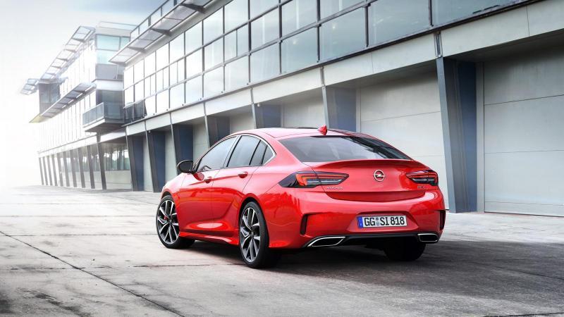 Opel-Insignia-GSi-05.jpg