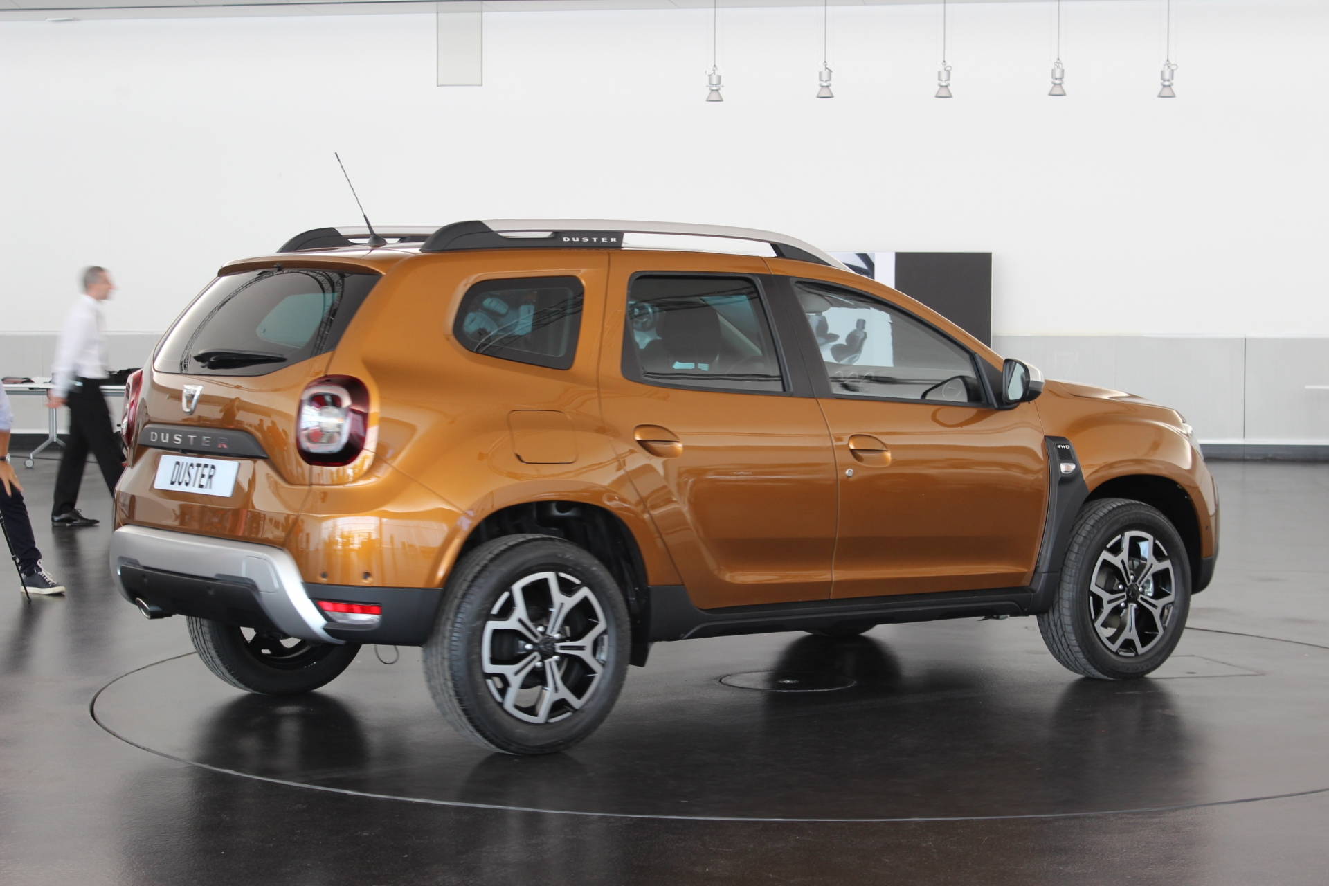 Renault Duster (Рено Дастер) 2018 - фото, цена