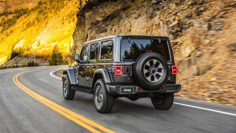Jeep Wrangler 2018  - Chiusa (2).jpg
