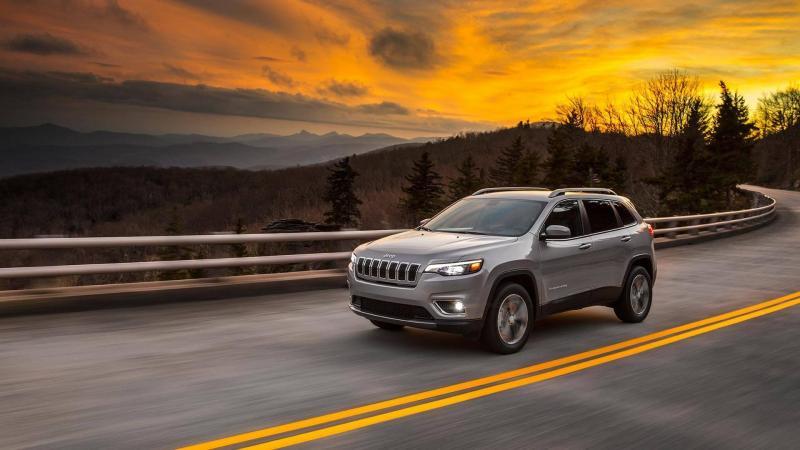 Jeep Cherokee 2018 facelift (1).jpg