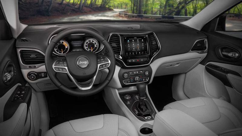 Jeep Cherokee 2018 facelift (4).jpg