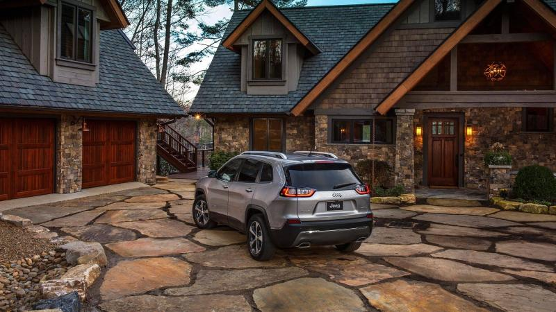Jeep Cherokee 2018 facelift (2).jpg