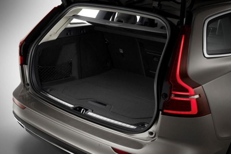 223558_New Volvo V60 exterior.jpg