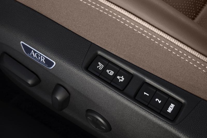 Opel-Insignia-304544.jpg