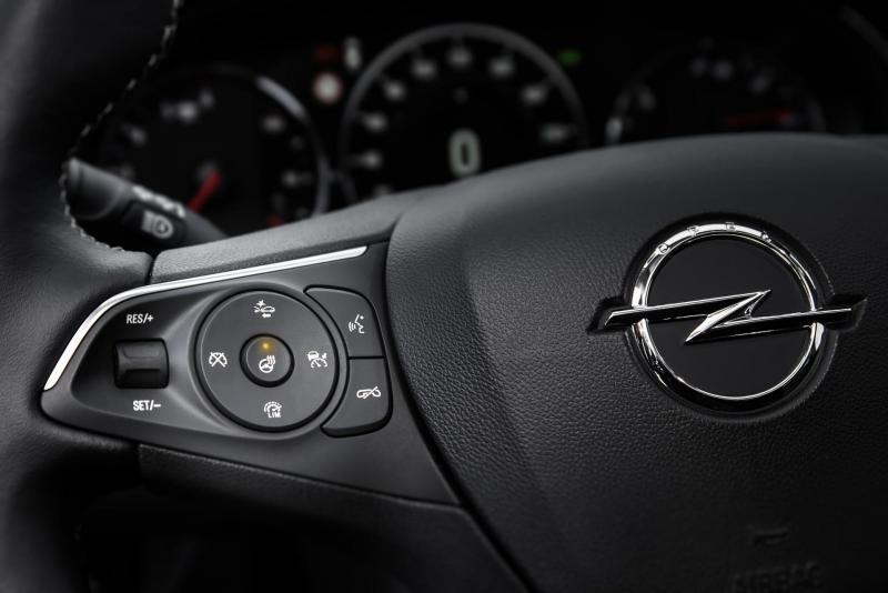 Opel-Insignia-304987.jpg