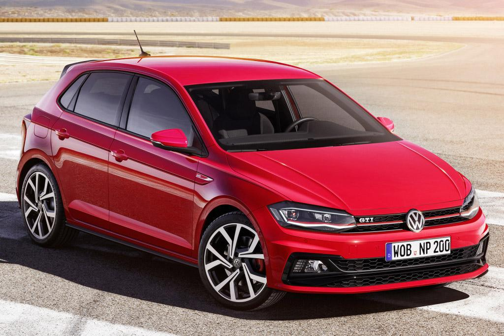 2017-VW-Polo-2.jpg
