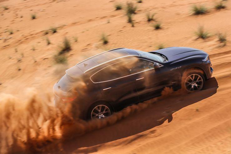 Maserati-Levante-Modelljahr-2018-Offroad-Wueste-Dubai-fotoshowBig-3358ce60-1125736.jpg