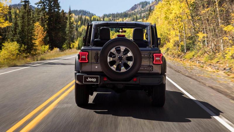 Jeep Wrangler 2018  - Aperta 4 porte (4).jpg