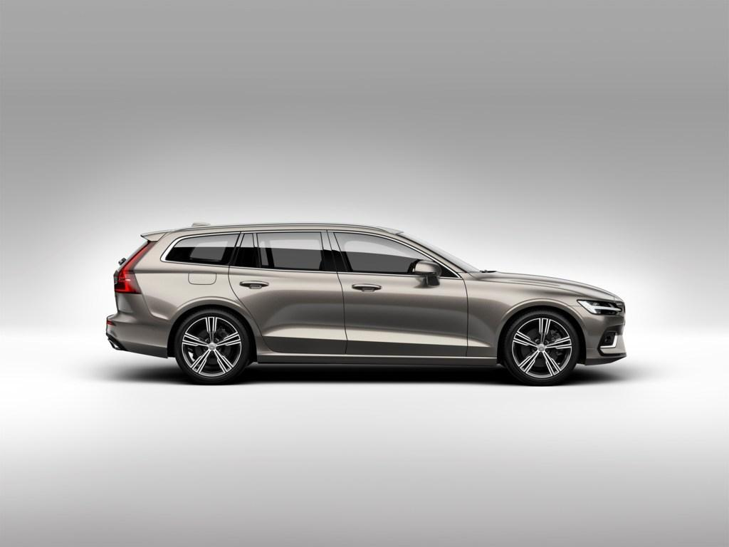 223560_New Volvo V60 exterior.jpg