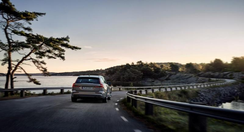223578_New Volvo V60 exterior.jpg
