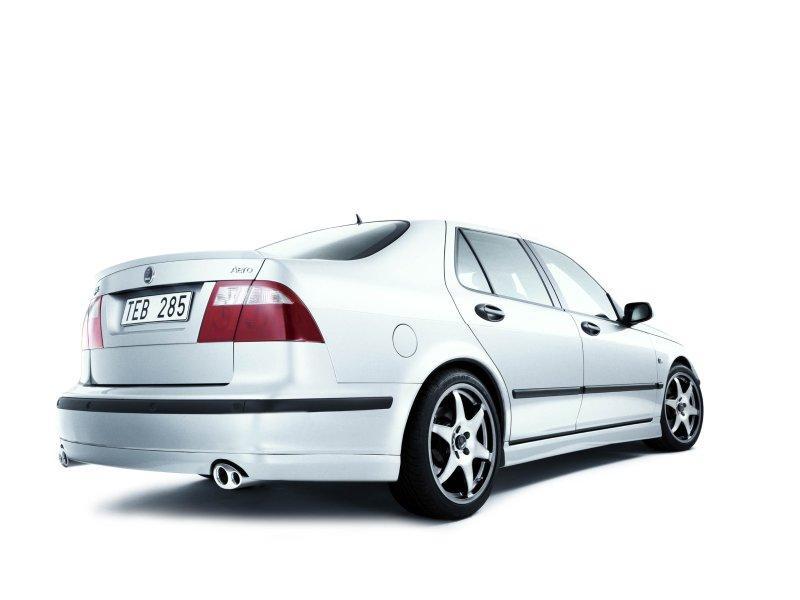 800x600_Saab-9-5-Sedan-REAR-3_4.jpg.0a8f9a0edb8e3f98d10580778a2054ca.jpg