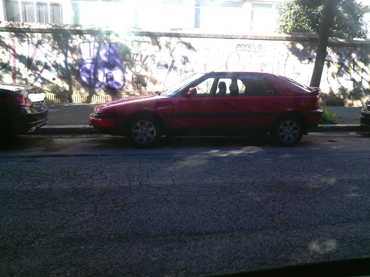 Mazda 323_LI.jpg