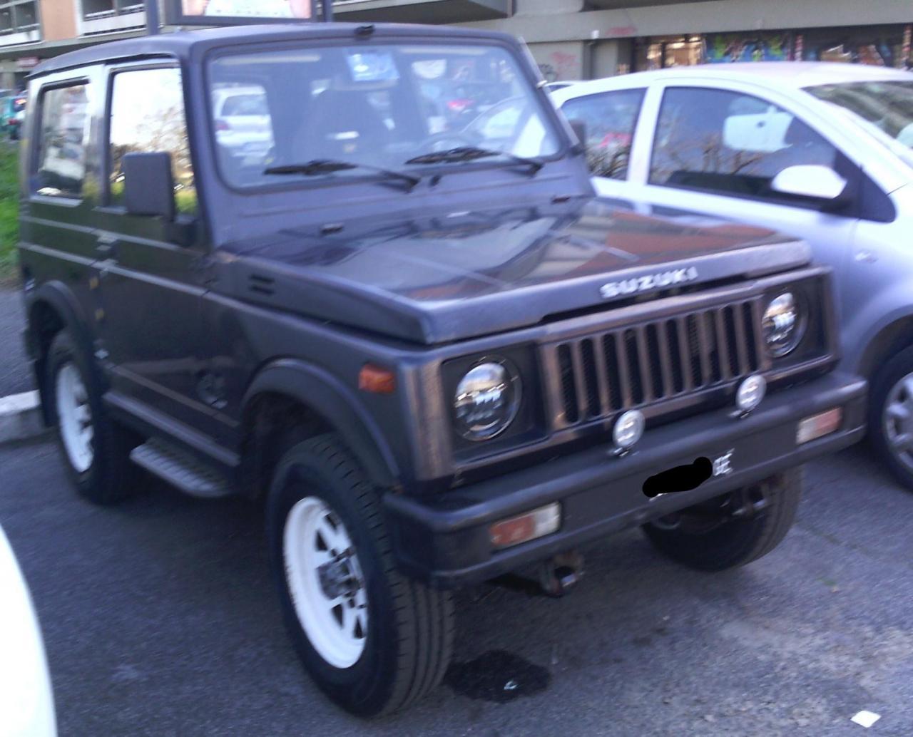 Suzuki Sj 1_LI.jpg