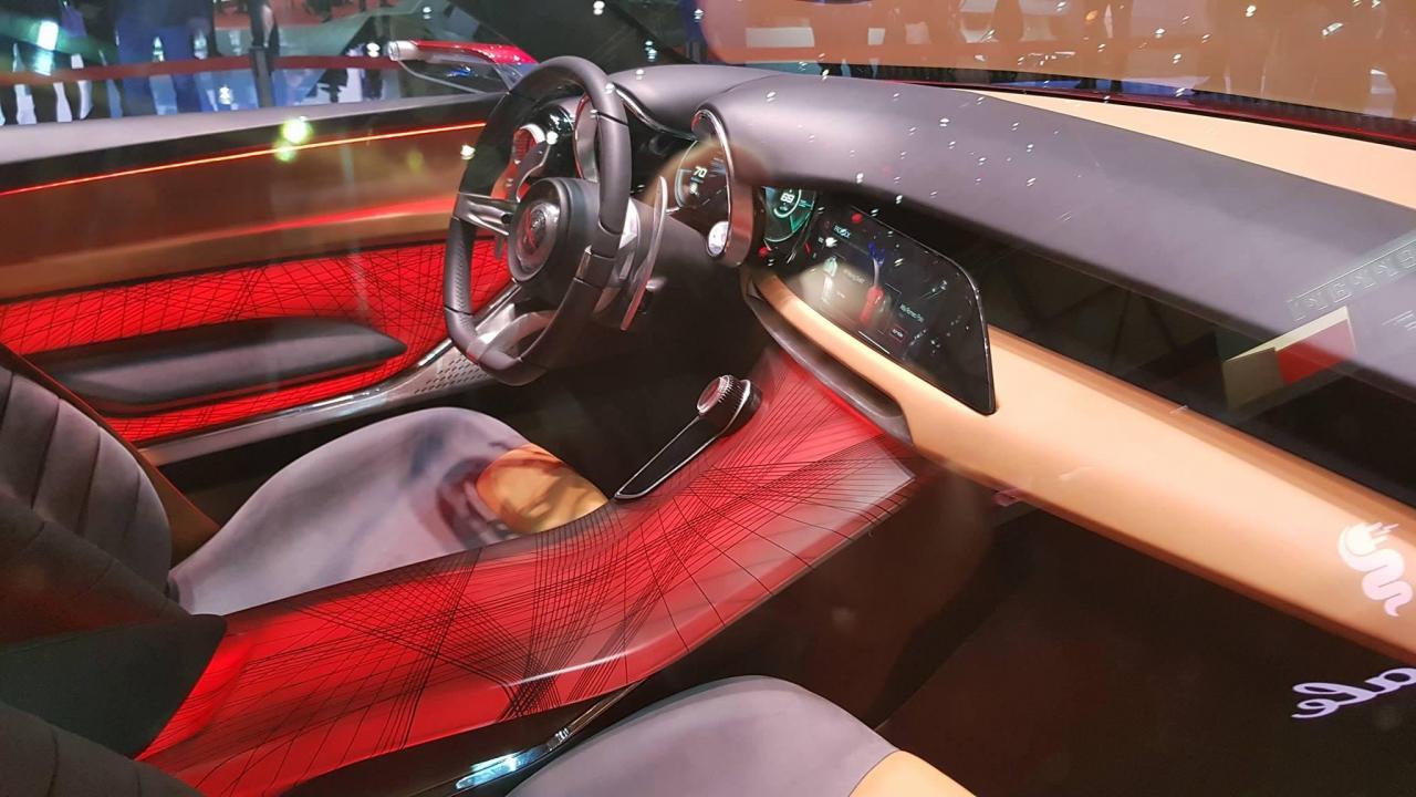 Alfa Romeo Tonale Interior concept (1).jpg
