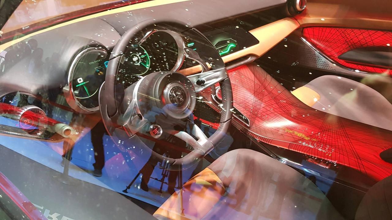 Alfa Romeo Tonale Interior concept (4).jpg